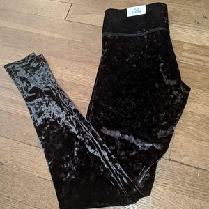 V.s Pink Velvet Leggings size XS new